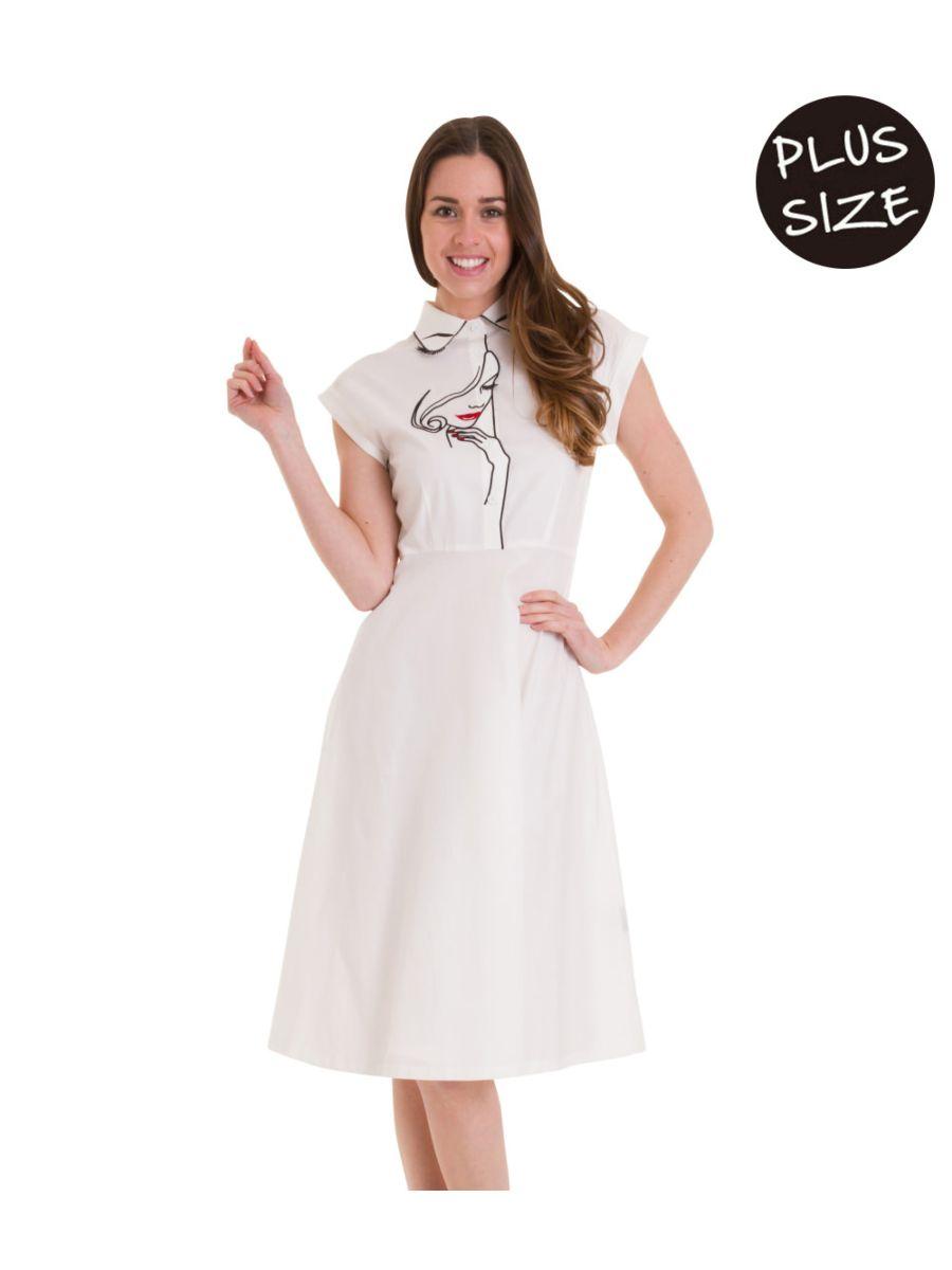 MODEL FACE LONG DRESS