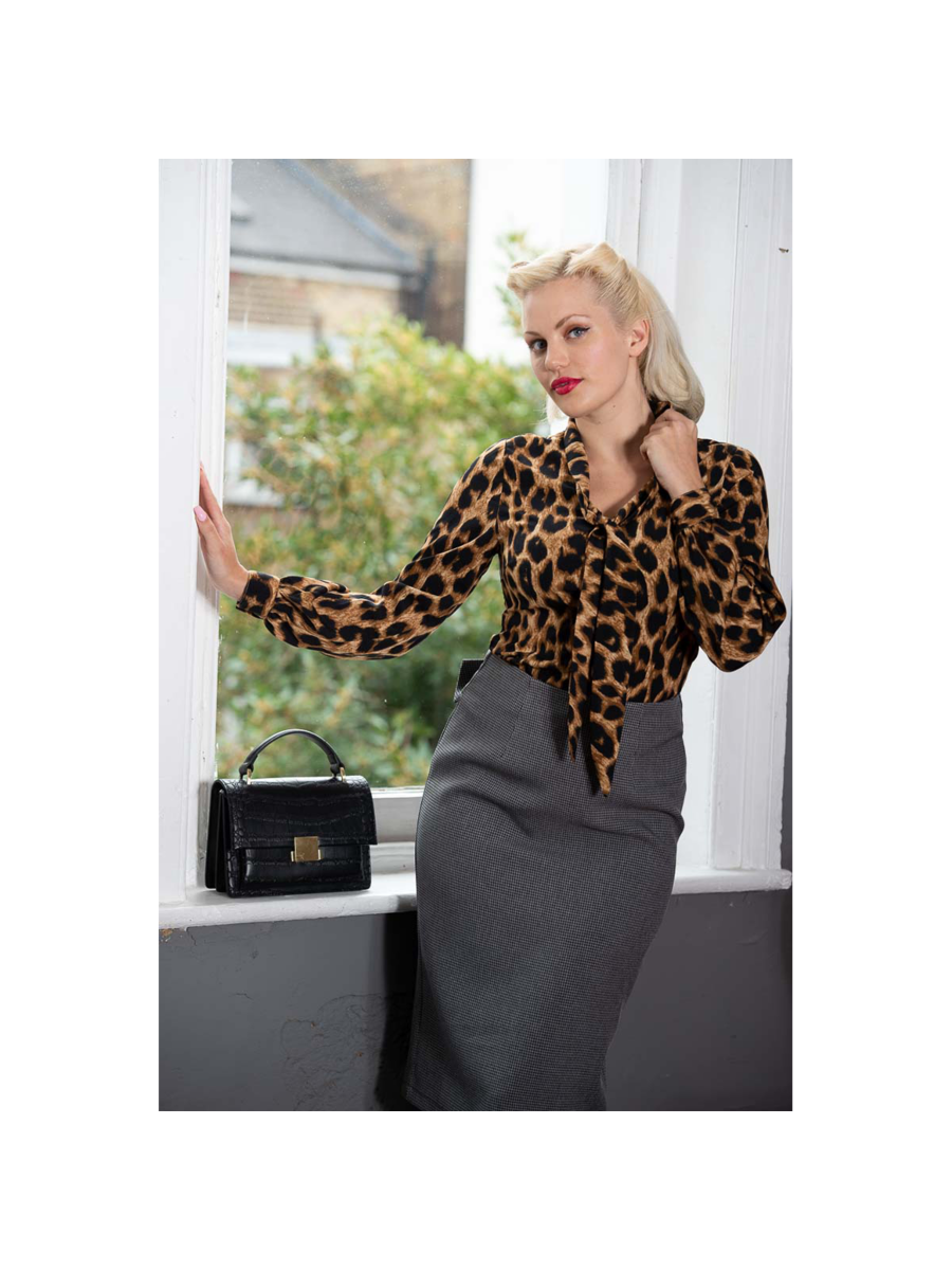 Banned Retro 1950's Leopard Lady Vintage Rockabilly Puff Sleeve Blouse